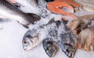 При какой температуре и сколько можно хранить свежую охлажденную рыбу в холодильнике