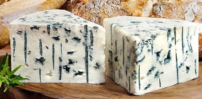Сорт сыра с плесенью